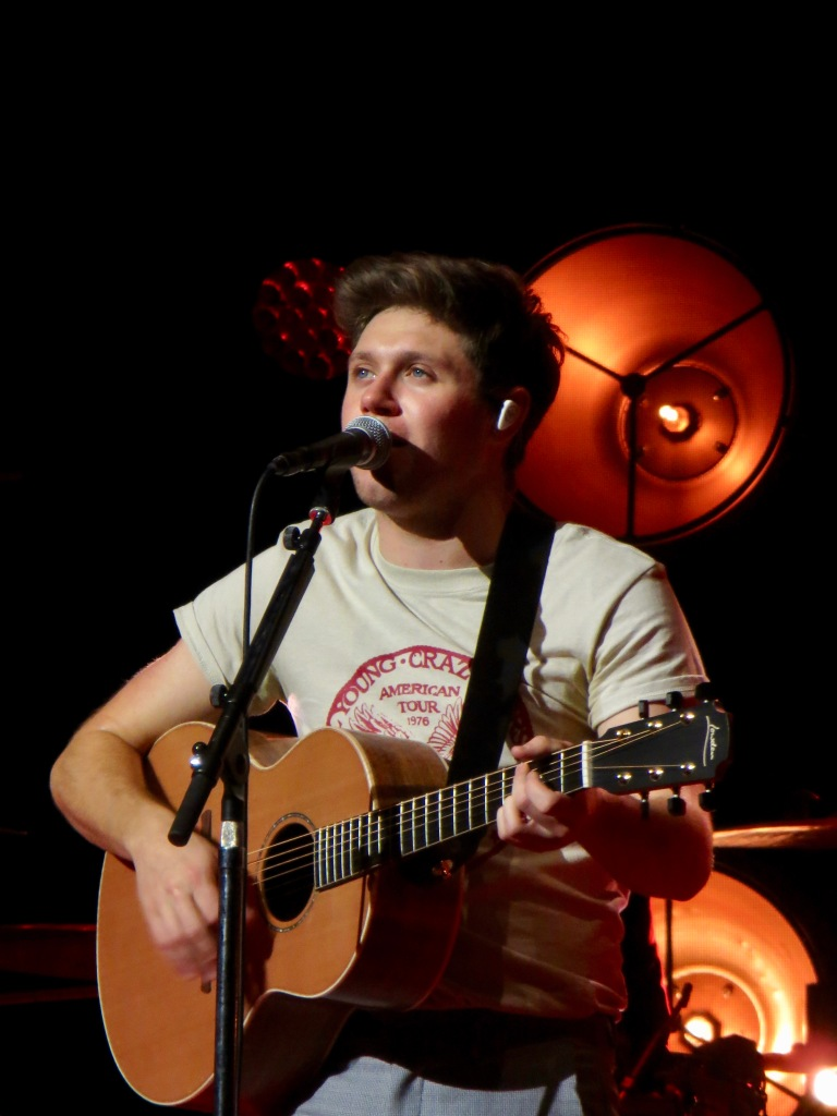 Niall Horan performing in Glasgow, Scotland during the 2018 Flicker World Tour.